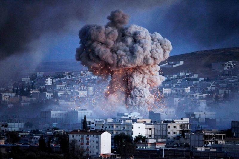 Най-малко 18 цивилни загинаха, адруги 27 бяха ранени при експлозия