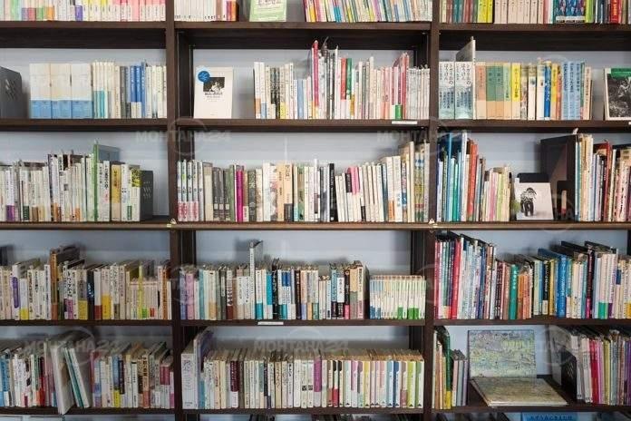 Всеки читател, забравил да върне навреме заетите книги в регионална