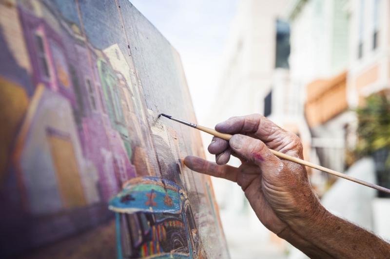 Снимка: Жена пробва да метне художник от Монтанско и да вземе тънко скъпа картина