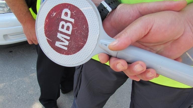 Подпийнал врачанин с мотопед е бил спрян за проверка, съобщиха