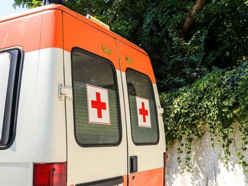 Тринайсетгодишно момче от Сливен е в болница с опасност за
