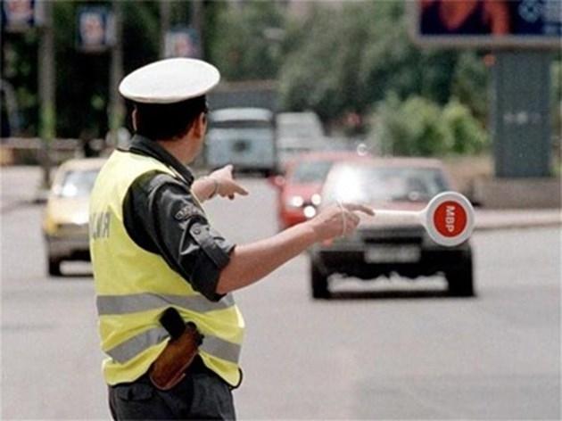 Снимка: Нарушители на пътя във Врачанско отнесоха фишове