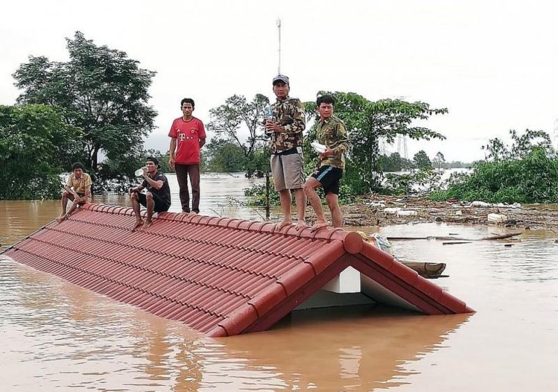 Спасителните служби са открили 28 тела на загинали след разрушаването