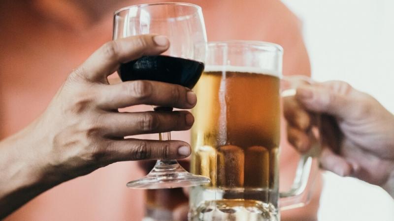 Бюджетната комисия реши: 9% ДДС за вино, бира, фитнеси и туроператори