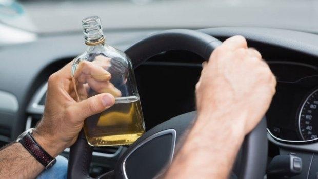 Полицията е спряла пиян шофьор във Врачанско, съобщиха от областната