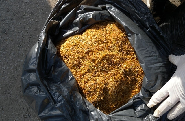 Служители на реда са конфискували 21 кг незаконен тютюн във