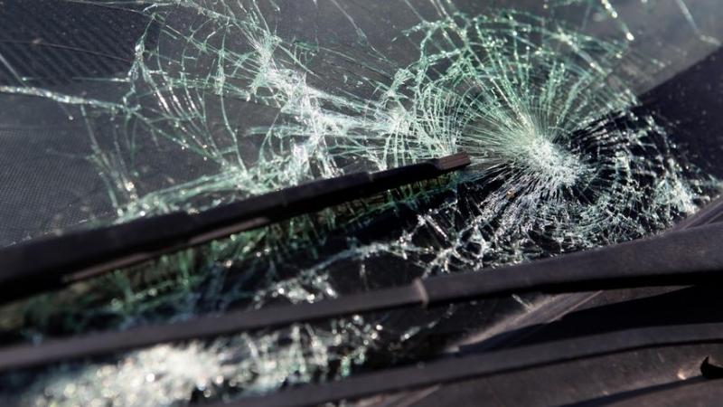 Колата на мъж е била потрошена в Монтана, съобщиха от