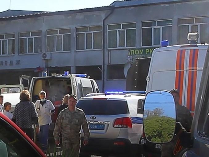 Жертвите на взрива в техникум в Керч станаха 18, а