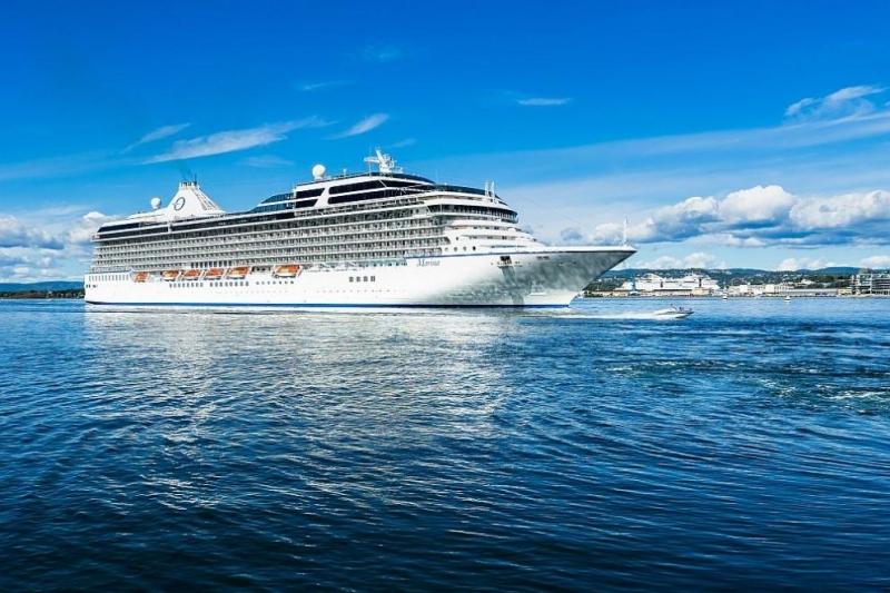 Над 120 души на круизен кораб са поставени под карантина в Норвегия