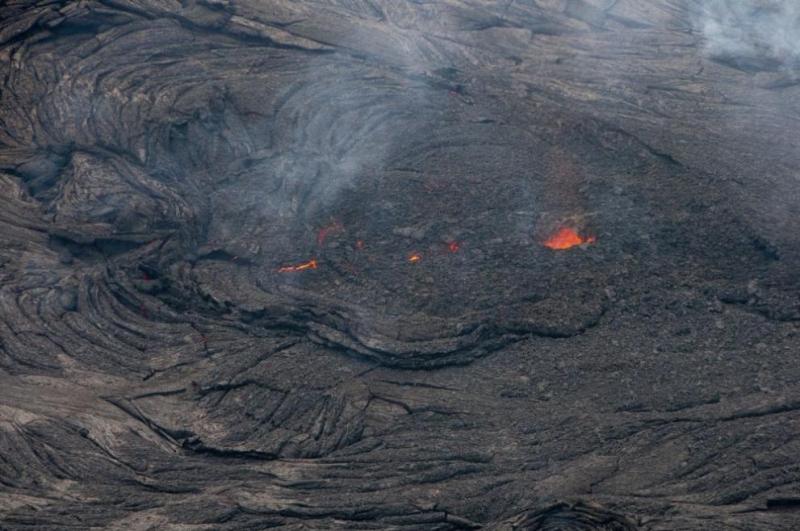 Разтопена лава от изригналия вулкан Килауеа на остров Хавайот вчера