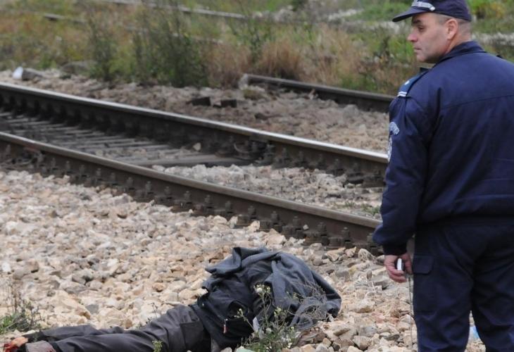 Влак прегази 50-годишен мъж в Мездра, той издъхна във врачанската