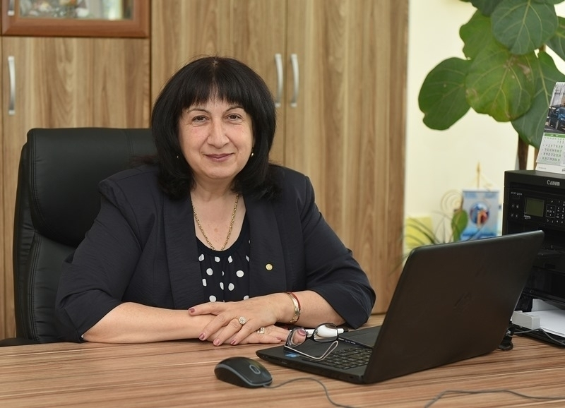 Кметът на Берковица Димитранка Каменова излезе с поздрав по случай