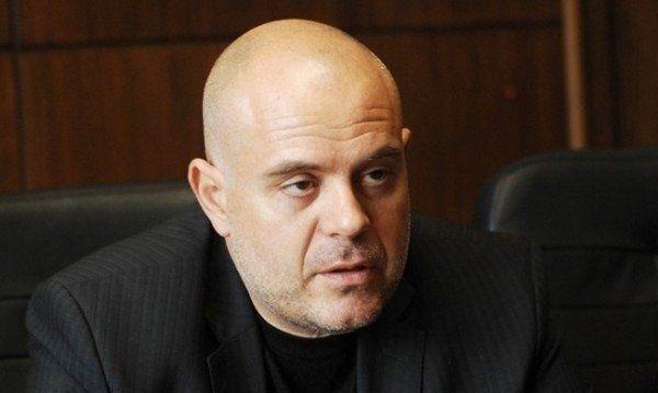 Арестуваният вчера бивш служител на Столичното 4-то РУ и настоящ