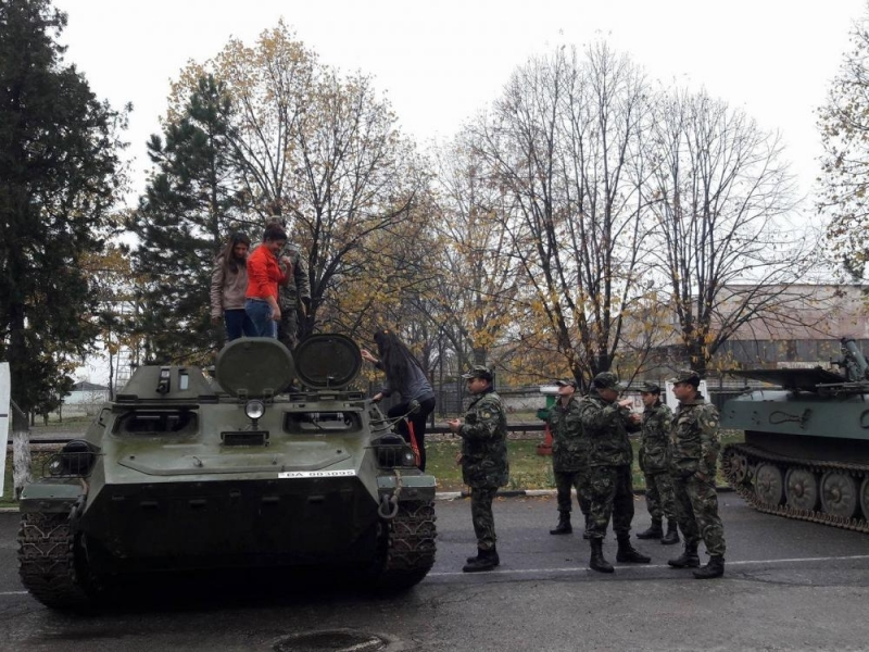 Ден на отворените врати ще проведе военното формирование 54 990
