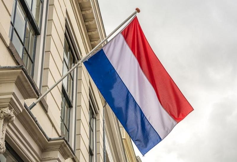 Холандското правителство попари надеждите за предсрочно облекчаване на локдауна, като