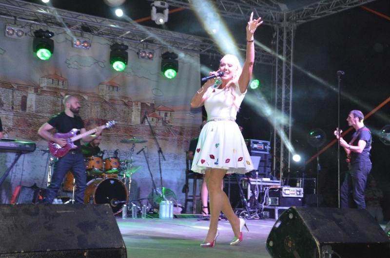 Хиляди фенове от страната и чужбина се стекоха във Видин да чуят Лепа Брена