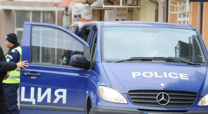 47-годишен мъж е обвинен за извършено отвличане, мярката му за