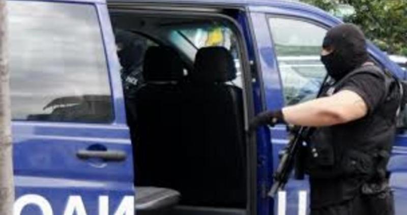 Петима издирвани сазадържани вчера при полицейска операция на територията на