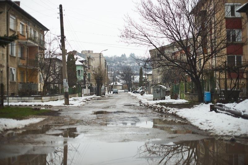 С цел осигуряване водоснабдяването на населението в условията на климатични