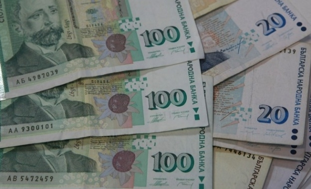 Средният осигурителен доход за страната за април е 893.27 лева