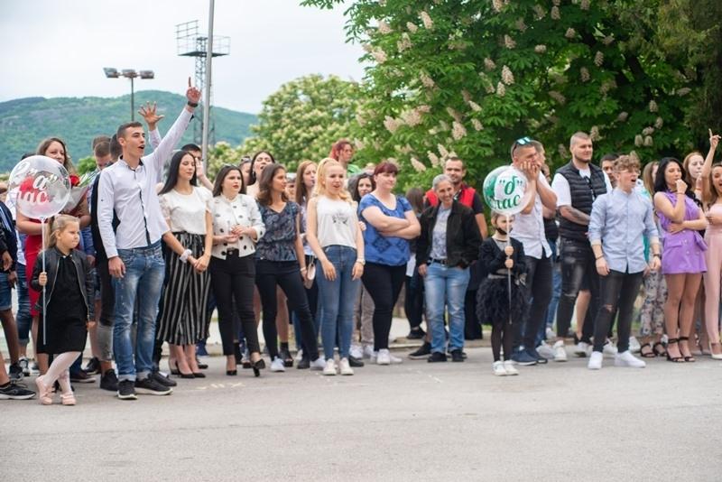 """Най-голямото учебно заведение в община Мездра - Средно училище """"Иван"""