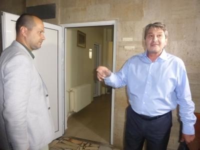 Специална благодарност към врачанския градоначалник Калин Каменов и всички дарители