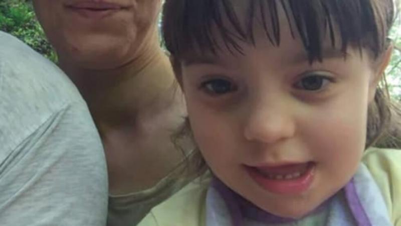4-годишно момиченце се нуждае от средства, за да й бъде