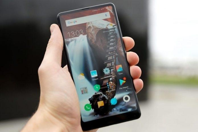Смартфоните скоро ще са история, научете какво ще ги замени