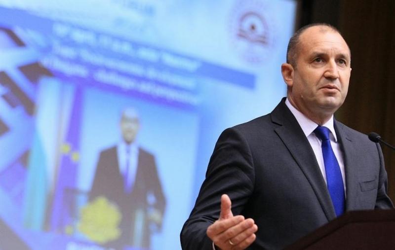 Румен Радев разкритикува работата на правителството и парламента