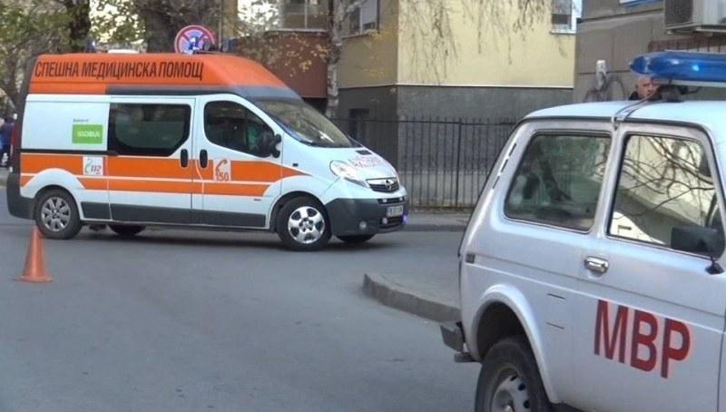 """Шофьор с """"Порше"""" помете две жени на пешеходна пътека пред"""