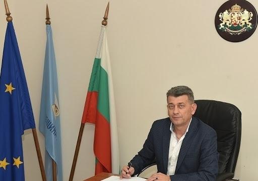 Кметът на Лом Георги Гаврилов дари заплатата си на МБАЛ