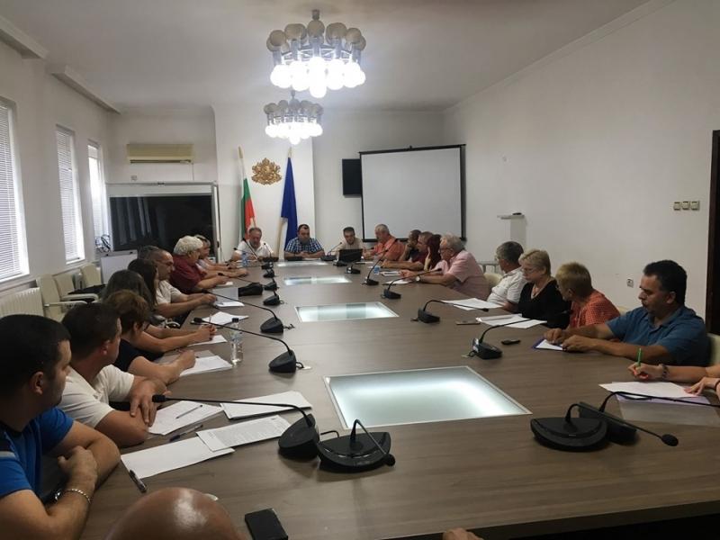 Областната епизоотична комисия заседава извънредно днес във връзка с усложнената