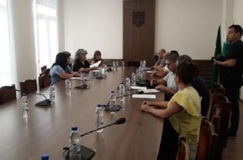 На днешните консултации за определяне състава на Общинската избирателна комисия