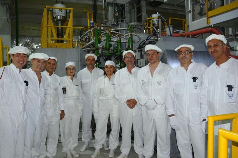 Като техническо достижение в преработването и кондиционирането на радиоактивни отпадъци,