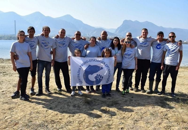 """""""ЦРОО""""-Враца и Сдружение """"Заедно за язовир Дъбника"""" стартираха кампания в помощ на възрастни хора в нужда"""