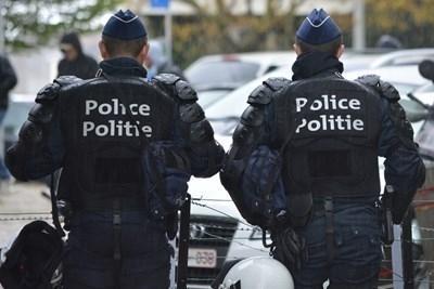 Турската полиция е задържала 47 души при операция срещу предполагаеми