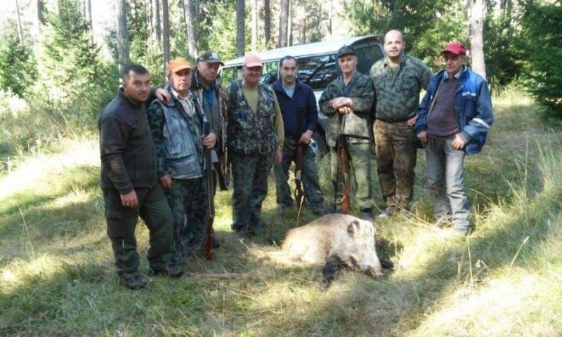 Пиянски скандал, придружен с побой между членове на ловна дружина