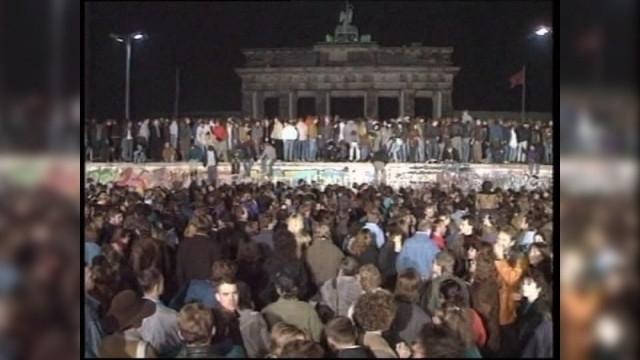 Отбелязваме 30 години от падането на Берлинската стена