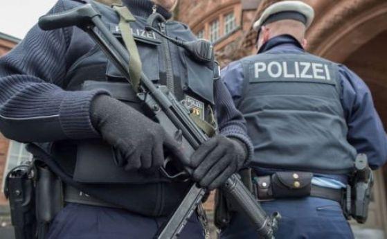 Арестуваха терорист в Берлин, подготвял кървави атентати