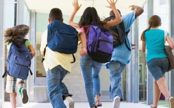 Над два месеца почивка ще имат учениците в България през