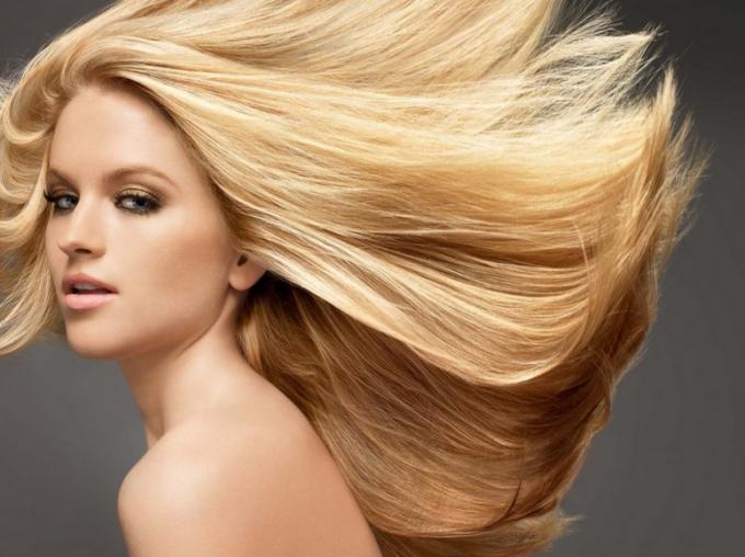 31 май еМеждународния ден на блондинките.Отбелязва се от 2006 г.,