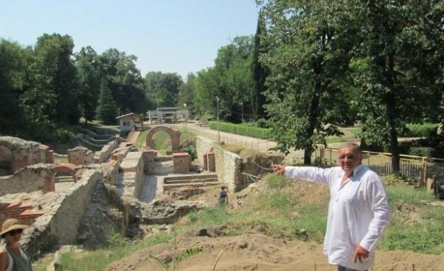 Археолози проучват западната част на Римските терми в Хисаря, дейностите