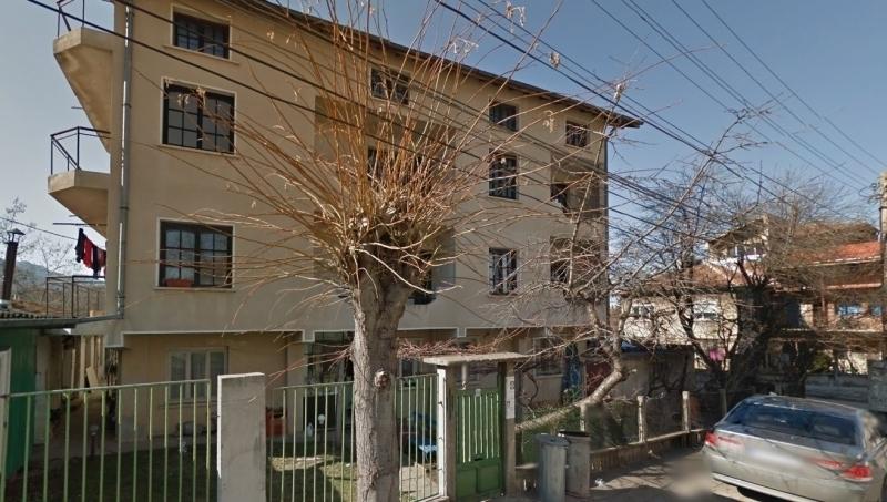 Частен съдебен изпълнител разпродава жилищна кооперация във Враца, научи агенция