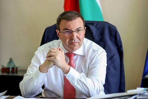 Министърът на здравеопазването Костадин Ангелов изрази притеснението си от нарастващия