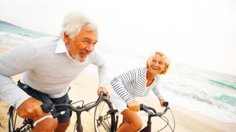 Спортуването трябва да бъде важен ежедневен приоритет за възрастните хора.