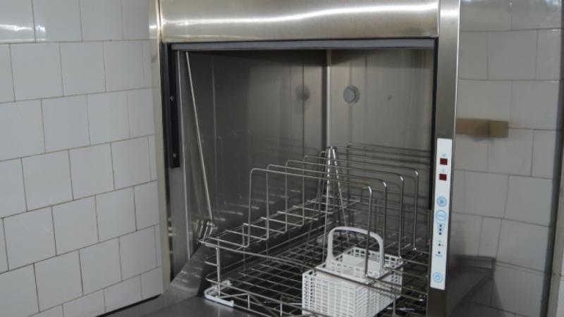 Ново кухненско оборудване осигури община Вършец за домашния социален патронаж,