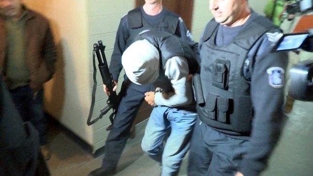 Снимка: Удар! Полицията спипа дилър с голямо количество дрога при спецакция във Врачанско