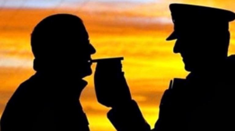 Полицаи са хванали почерпен шофьор зад волана в Бяла Слатина,