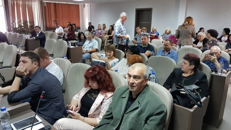 Общинските съветници отВраца раздадоха близо 5 000 лева от местната