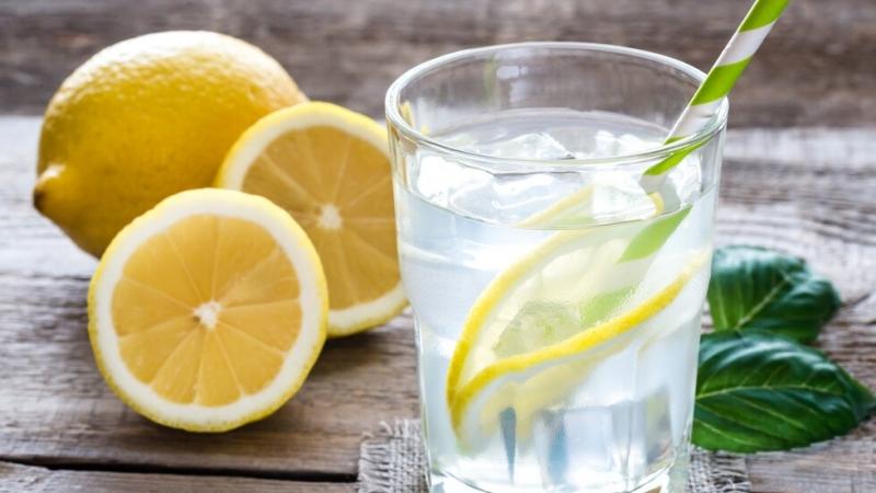 Испанският диетолог Айтор Санчес призова да не се счита пиенето